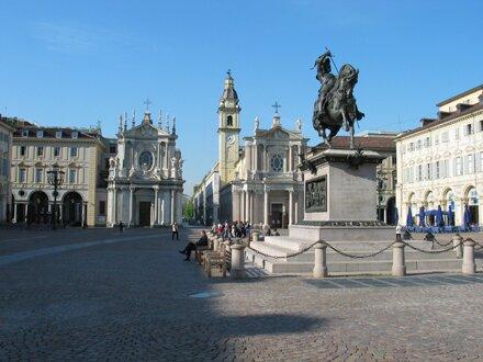 Italy : Torino - Piazza San Carlo