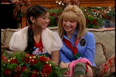 A capture from The Episode 'Christm.. Others - Ashley Tisdale