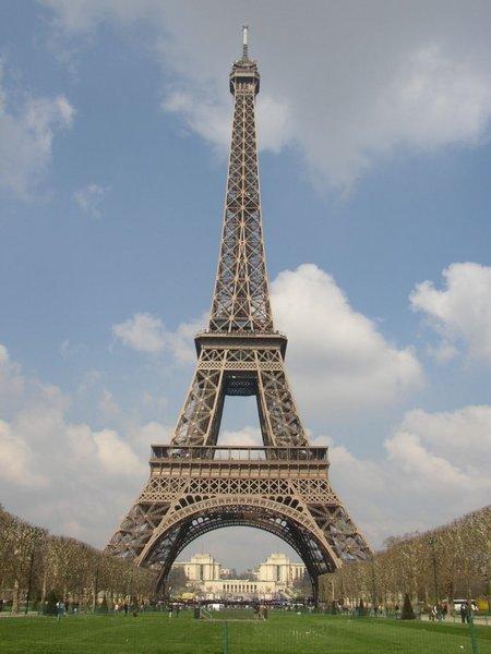 Et l'hindouisme ? 5127_Paris-tour-eiffel%5B1%5D