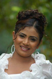 Srilankan nekad women can