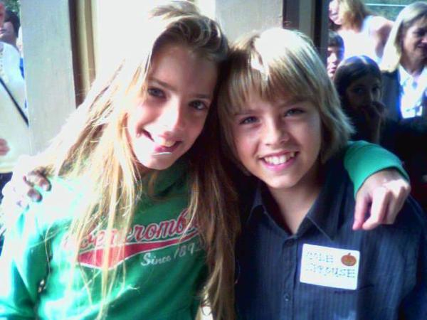 Whitney forbey and her cousins dylan and cole sprouse plus best whitney forbey and her cousins dylan and cole sprouse plus best friends celebrities people m4hsunfo